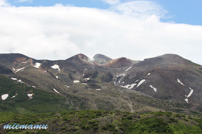 望岳台にて〜わずかな残雪2332.jpg